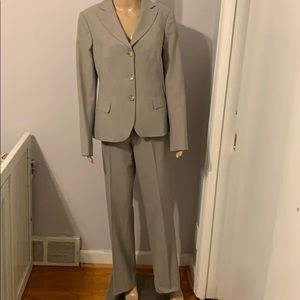 The Perfect Travel Suit from The Limited